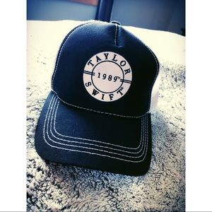 Taylor Swift 1989 snapback - bought on her tour
